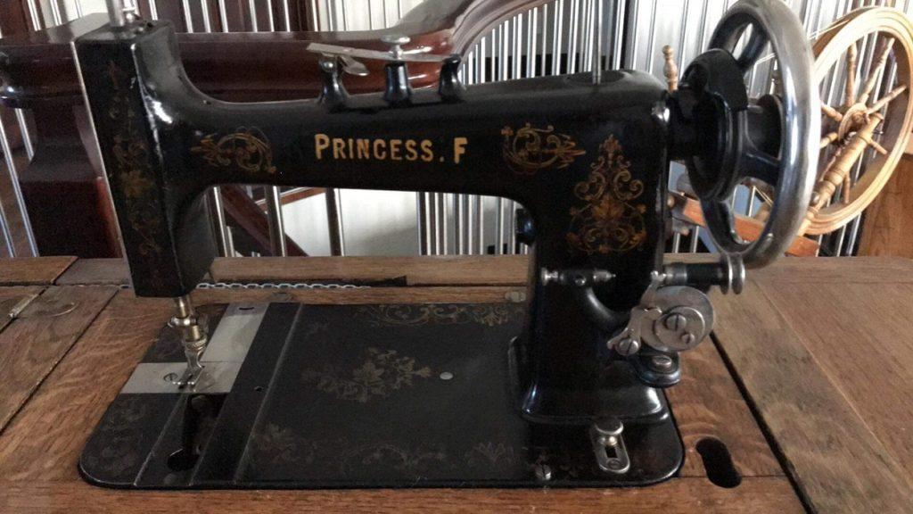 Princess F Sewing Machine
