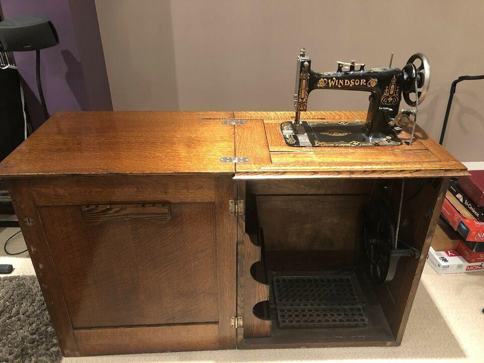 Windsor Sewing Machine